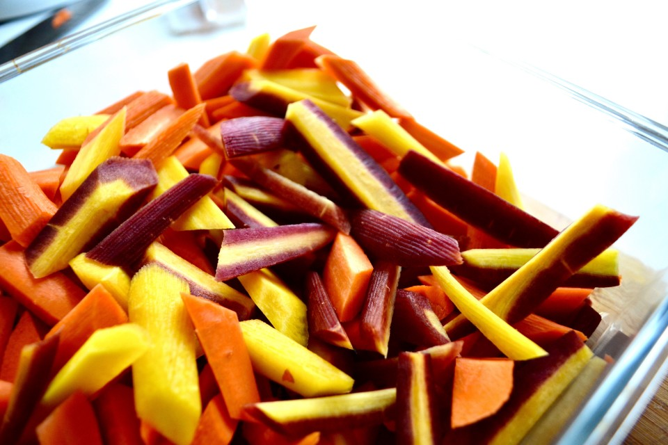 Rainbow carrot saladtwineandtable