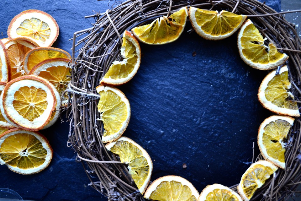 twine and table citrus wreath sliced