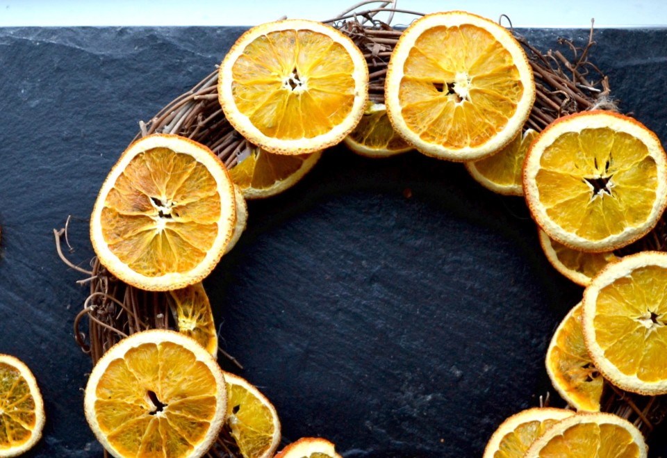 twine and table citrus wreath 2nd layer