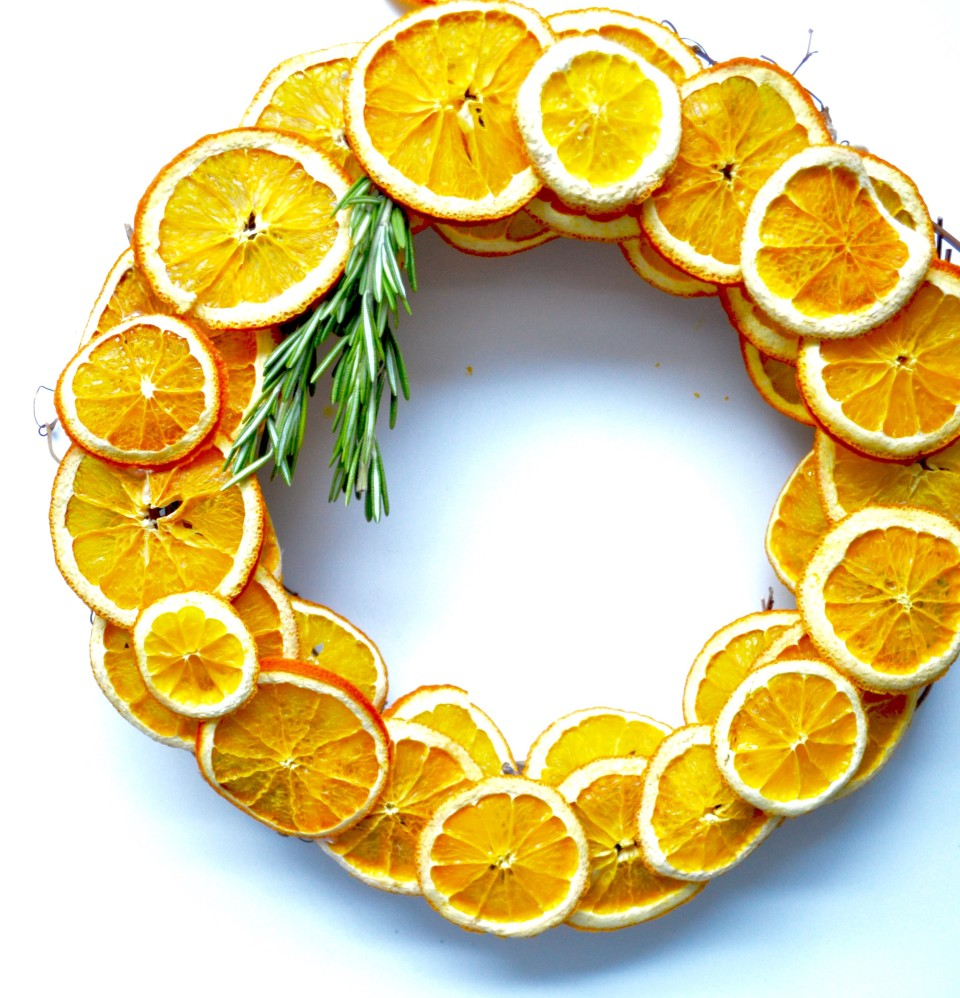 twine and table fall citrus wreath