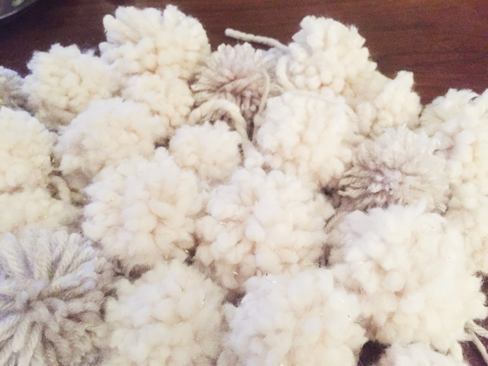 Twineandtable pompom 9