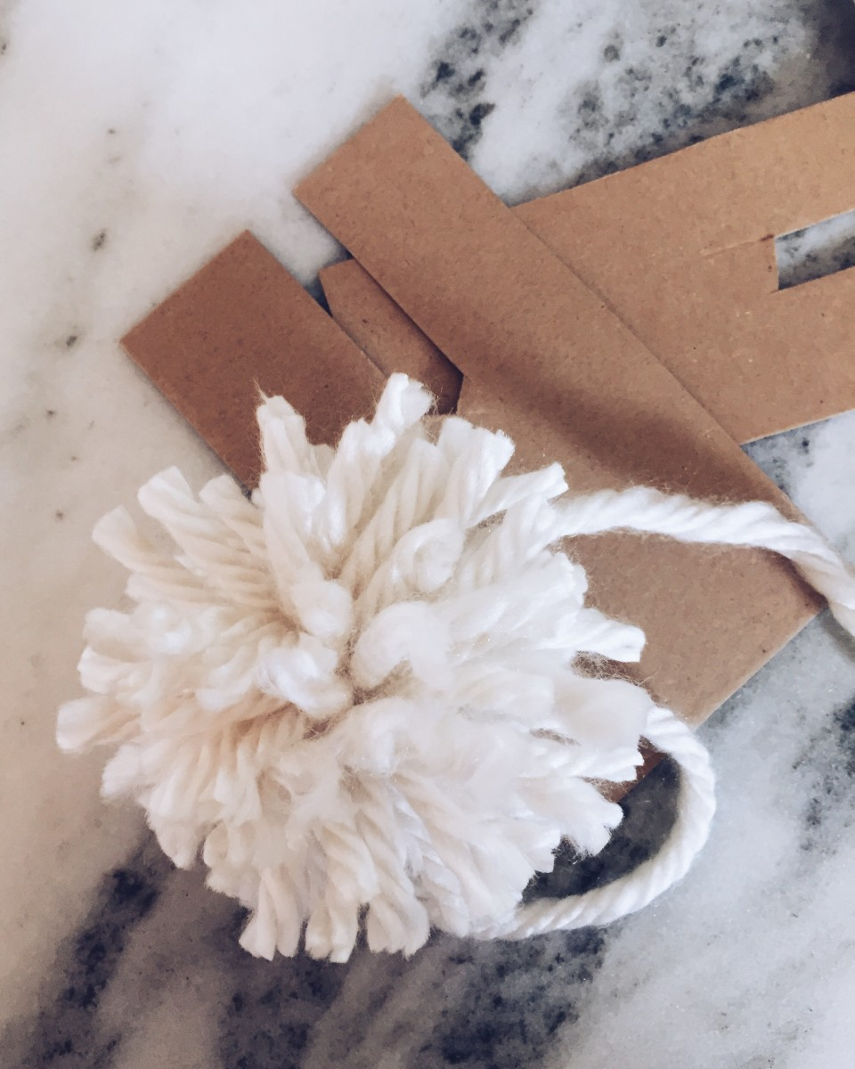 Twineandtable pompom 8